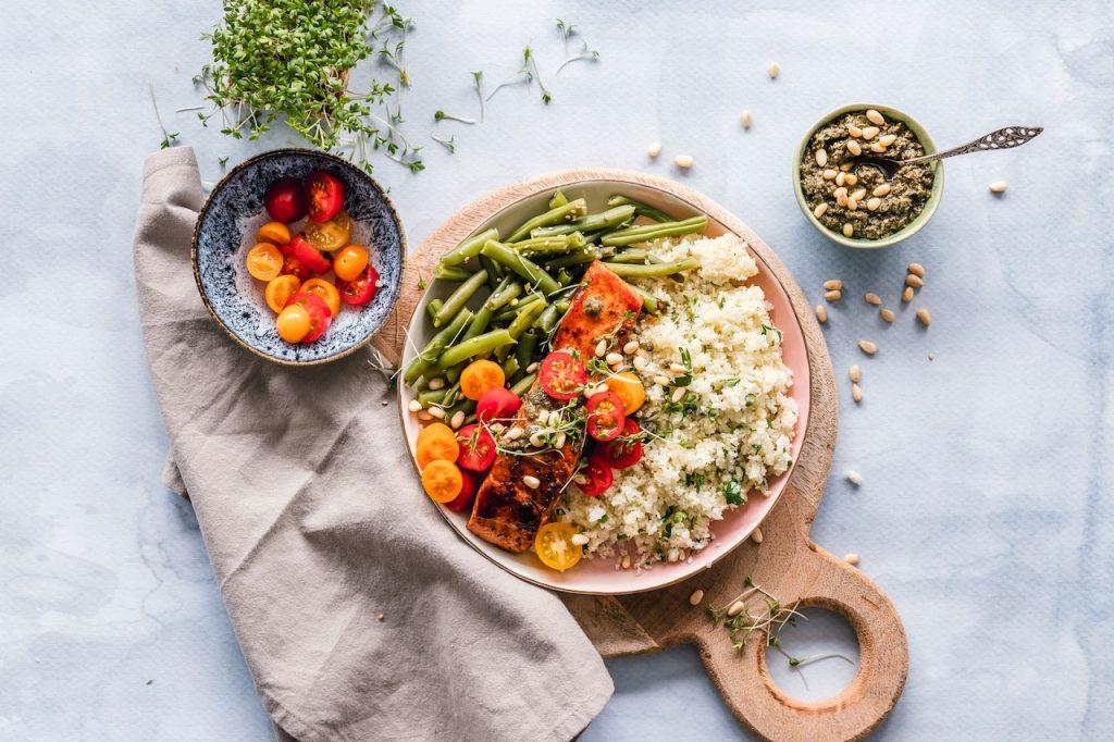 eating fiber health benefits